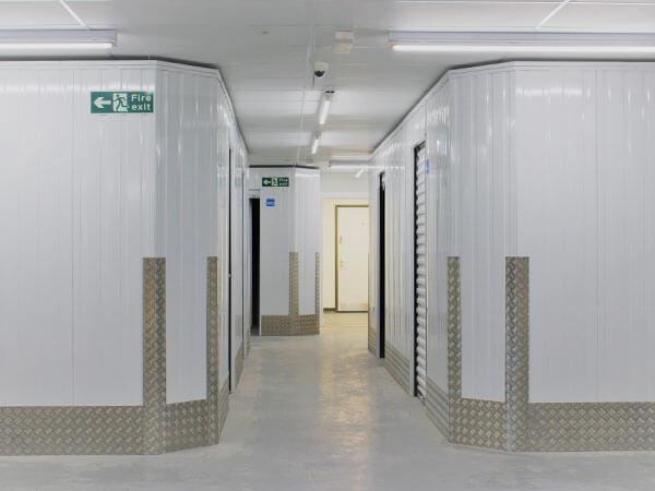 corridor2-cubic-storage-farnborough